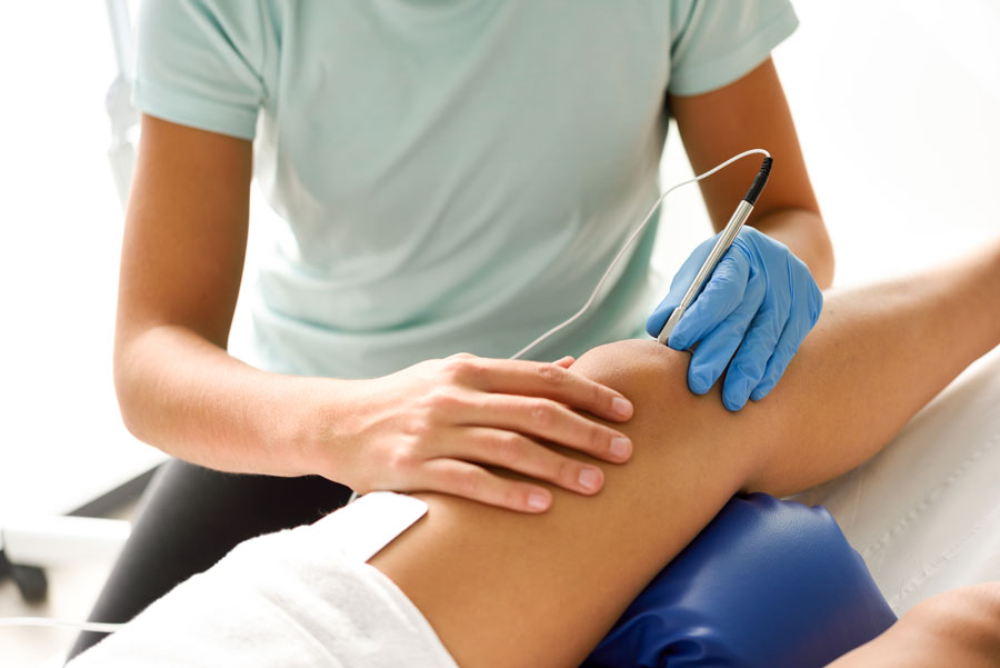 dr-vigil-knee-pain-physiotherapy-treatment